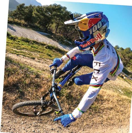 Loic Bruni UCI Downhill World Champion 5K Video Dual LCD Screen